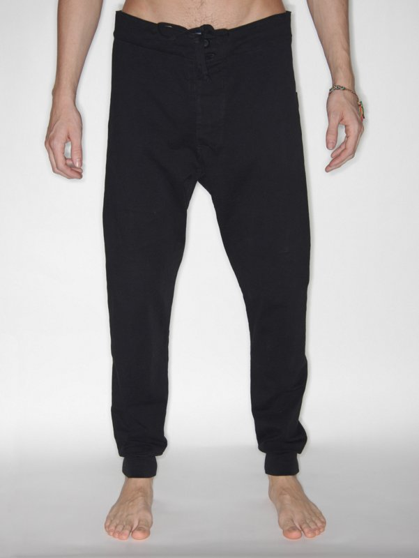 http://4m.scene7.com/is/image/4m/bask0021blk_01?Bassike%20Slim%20Tapered%20Pant