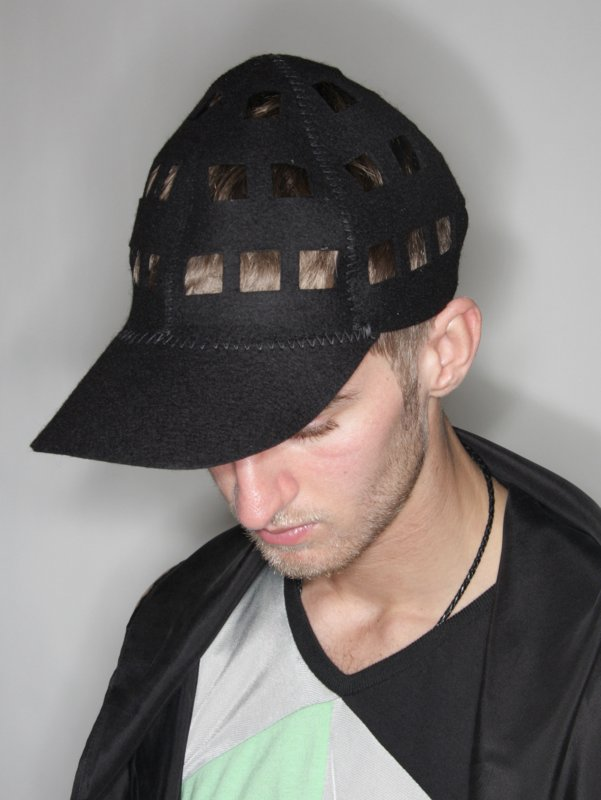 hed0010blk_01?Hederus%20Square%20Cap
