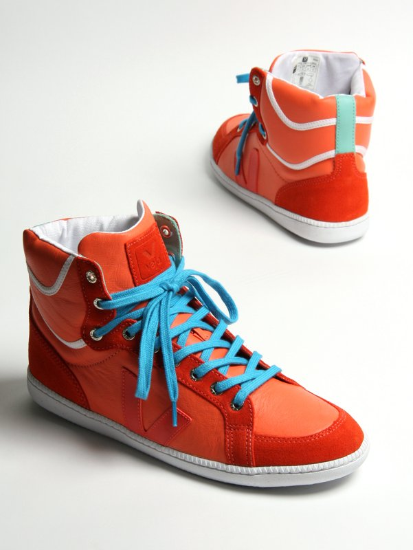 Veja Exclusive SPMA High Top