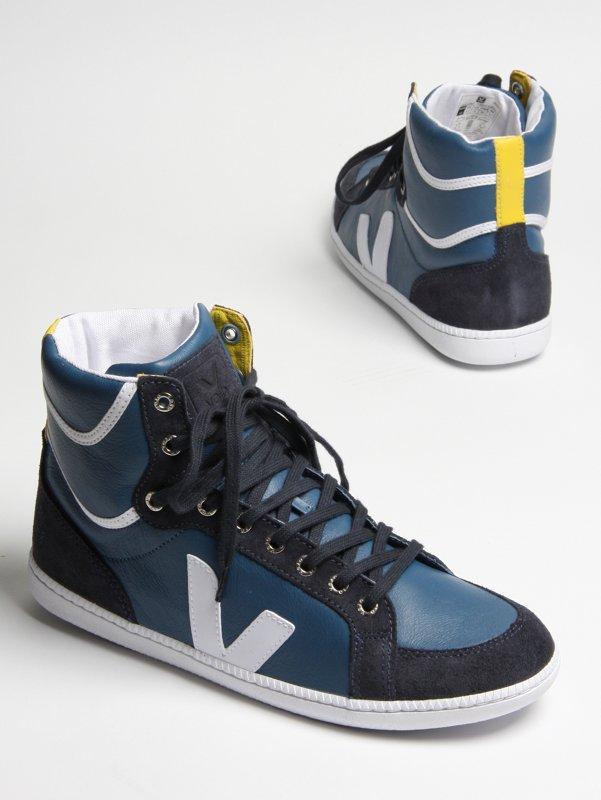 Buy Veja Shoes Online